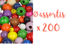 Perles rondes en bois couleurs assorties Ø 0,5 - 0,8 - 1 et 1,2 cm - 200 perles - Perles en bois 03836 - 10doigts.fr