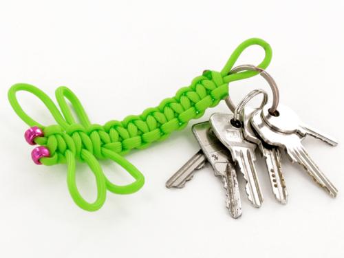 Porte-clés libellule en paracorde