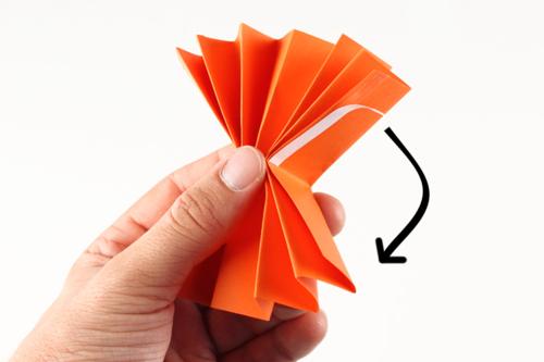 Petites citrouilles en papier