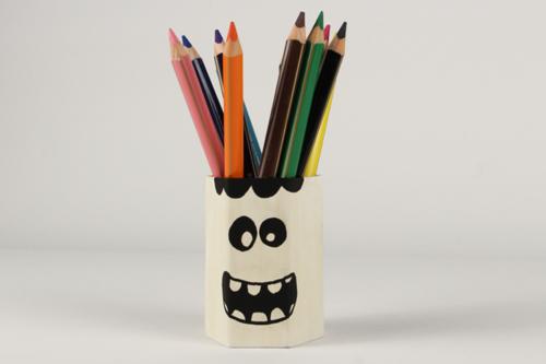 Pot à crayons phosphorescent