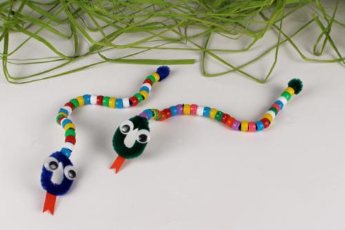Serpents en perles