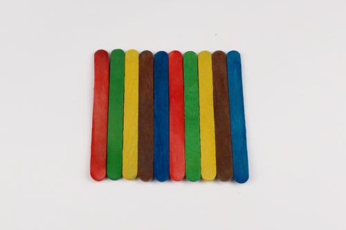 Pot à crayons en bâtonnets