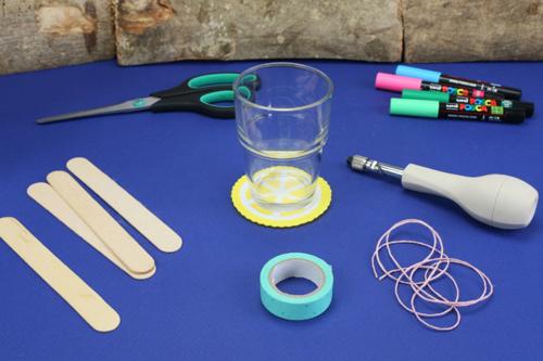Bracelets avec des bâtonnets de glace