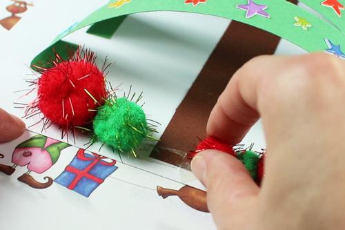 Sapin 3D avec des bandes de papier